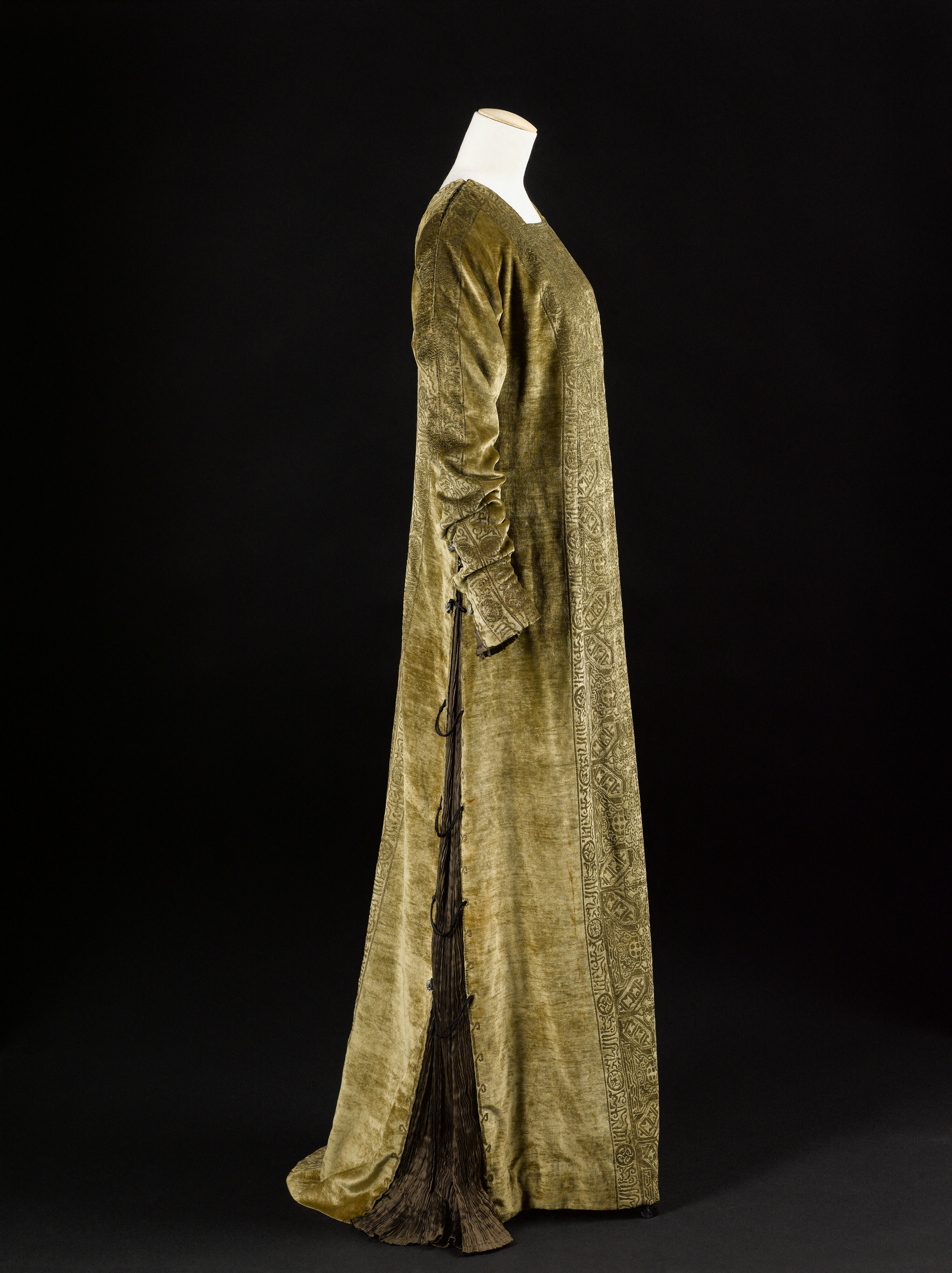 Eleonora gown Mariano Fortuny Palais Galliera Muse