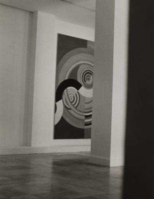 Le musée d'art moderne de la Ville de Paris photographié par Bernard Plossu, 1945. Collection du MAMVP. © Musée d'Art Moderne / Roger-Viollet