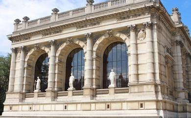 Façade du Palais Galliera © Di Messina
