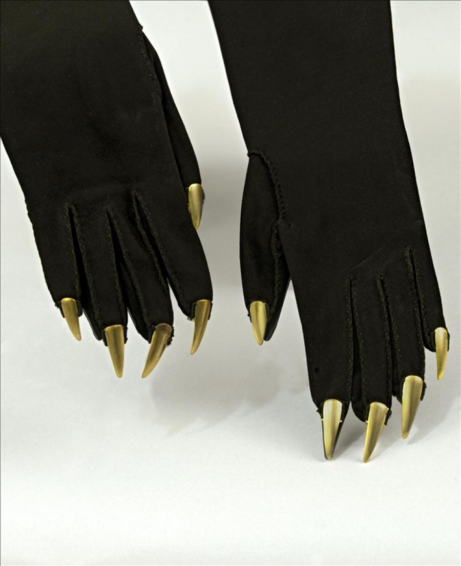 Evening gloves, Schiaparelli   Palais Galliera   Musée de la mode de ...