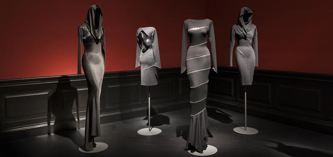 """Rétrospective """"Alaïa"""" présentée du 28 septembre 2013 au 26 janvier 2014 au Palais Galliera © Pierre Antoine / Paris Musées"""