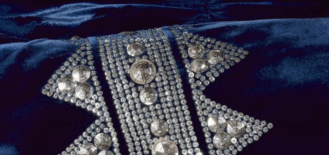Jeanne Lanvin, robe du soir (détail), 1935-1936. Photo : © R. Briant et L. Degrâces / Galliera / Roger-Viollet