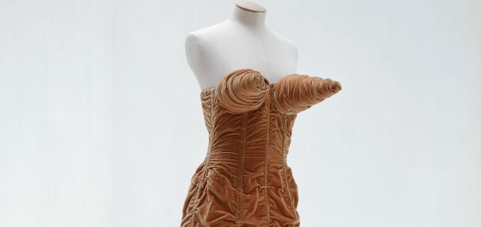 "Jean Paul Gaultier, ""Seins obus"" dress, Autumn / Winter 1984-1985, ""Barbès"" collection. From the Palais Galliera's collections - © Eric Poitevin/ADAGP, Paris 2016"