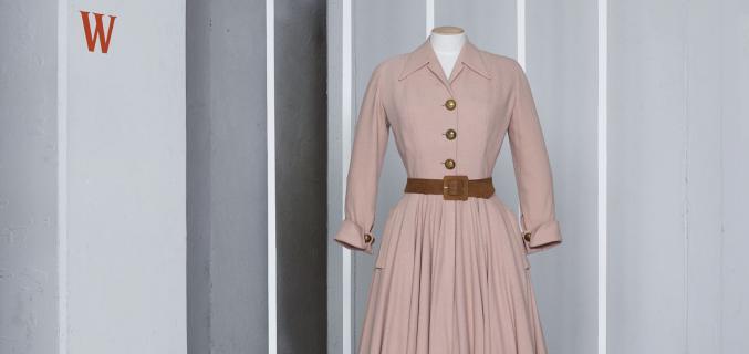 "Christian Dior, ""Bonbon"" dress, A/W 1947. Photo : © Grégoire Alexandre"