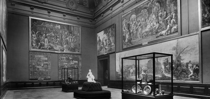 Salon d'honneur, début XXe s - Photo : © Neurdein / Roger-Viollet