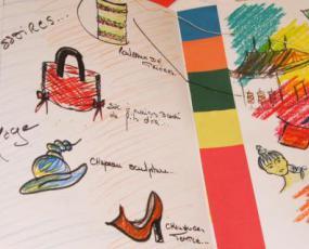 """Atelier """"L'apprenti styliste"""". Photo : © Ville de Paris / C. Requillart"""