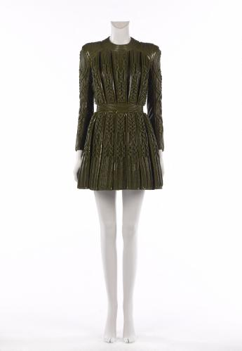 Short dress, Balmain by Olivier Rousteing © Françoise Cochennec / Galliera / Roger-Viollet