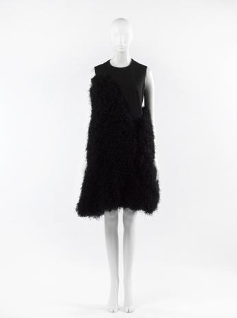 Short dress, Noir Kei Ninomiya © Françoise Cochennec / Galliera / Roger-Viollet