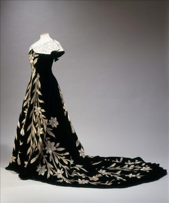 View of the 'Lily' evening gown, Worth