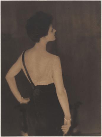 Rita de Acosta Lydig © Adolph de Meyer / Galliera / Roger-Viollet
