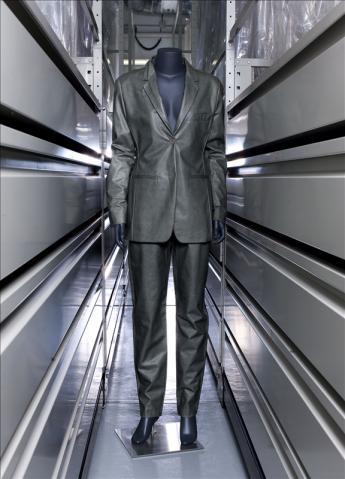 vue du costume, Helmut Lang