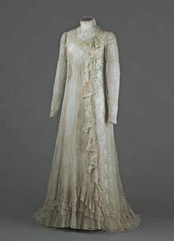Réjane's tea-gown © Eric Emo / Paris Musées, Palais Galliera