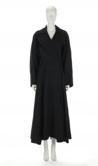 Coat, Alaïa © Azentis