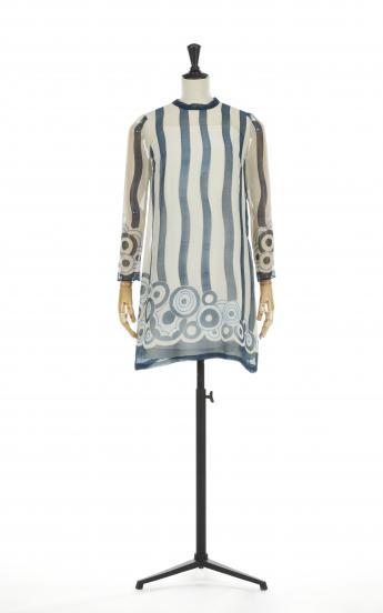 """Tertulia"" short dress, Chloé by Karl Lagerfeld © Azentis"