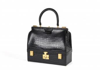 Mallet bag and keys, Hermès © Azentis / Paris Musées, Palais Galliera