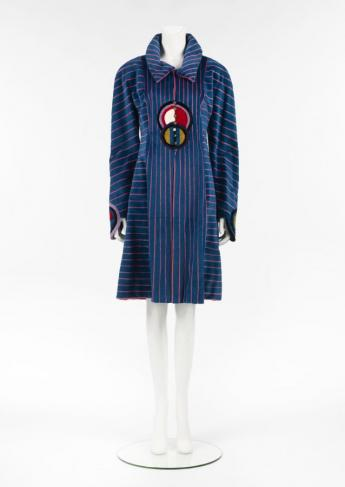 Coat, Fendi by Karl Lagerfeld © Françoise Cochennec / Galliera / Roger-Viollet