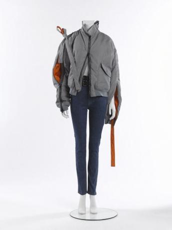 """""""Eclectic"""" ensemble, Y/Project © Françoise Cochennec / Galliera / Roger-Viollet"""